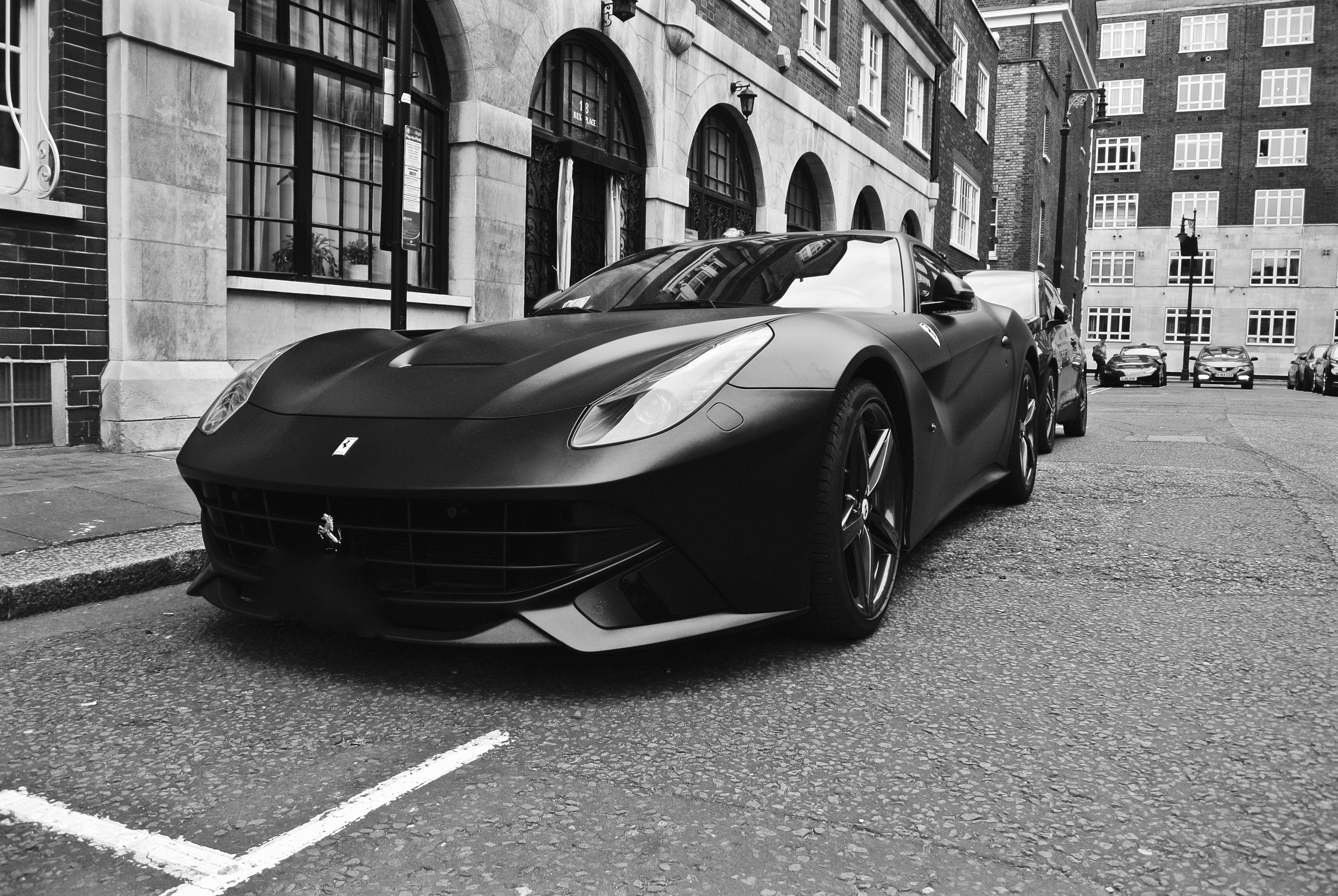 Ferrari F12 Berlinetta, London
