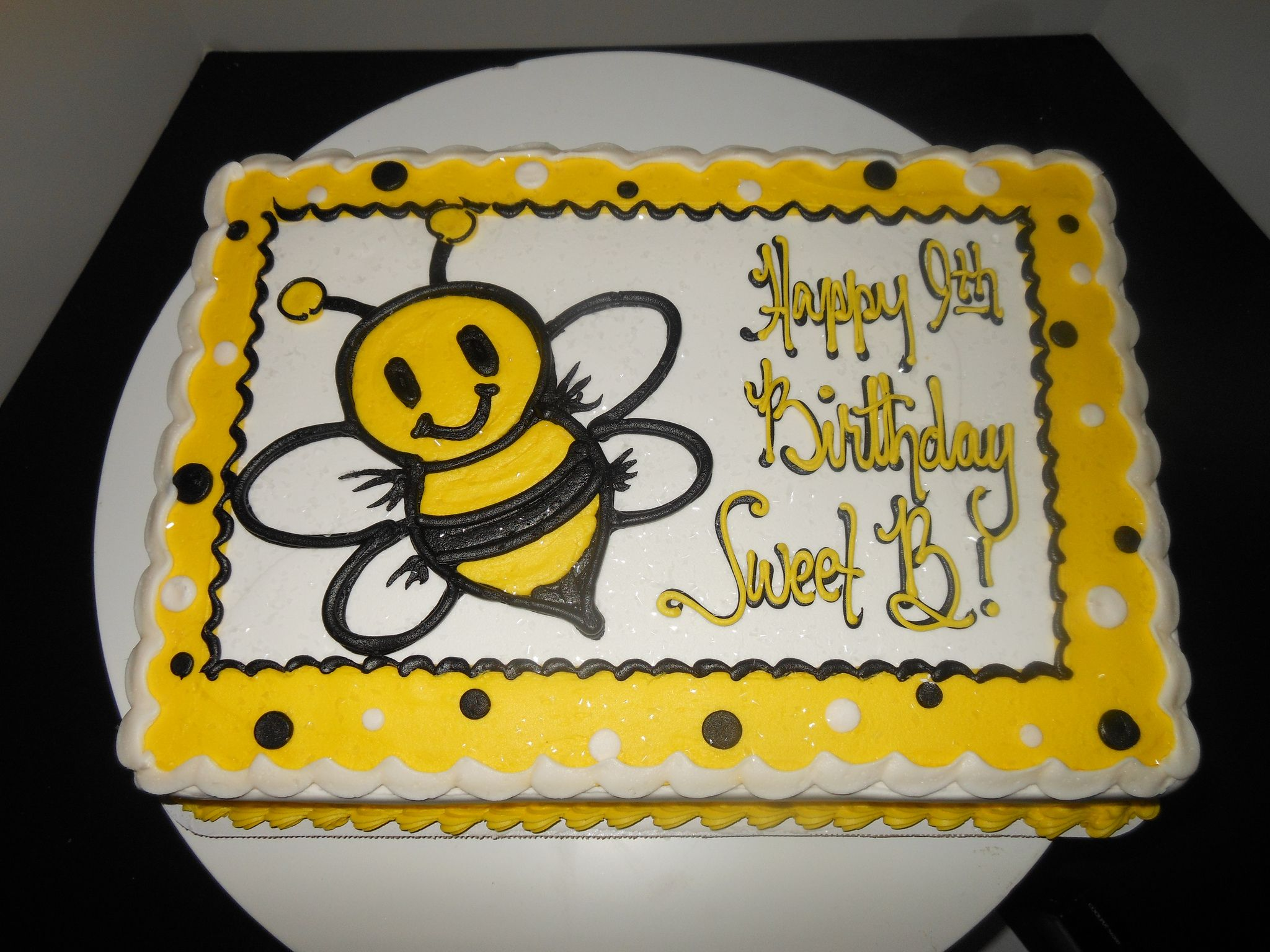 Https Flic Kr P D771mm Little Bee Cake Bumble Bee Cake Bee