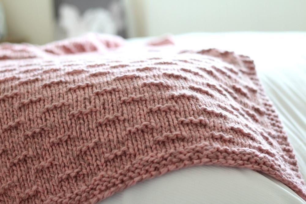 Fabriana Winter Blanket Knitting pattern by Freya Esme