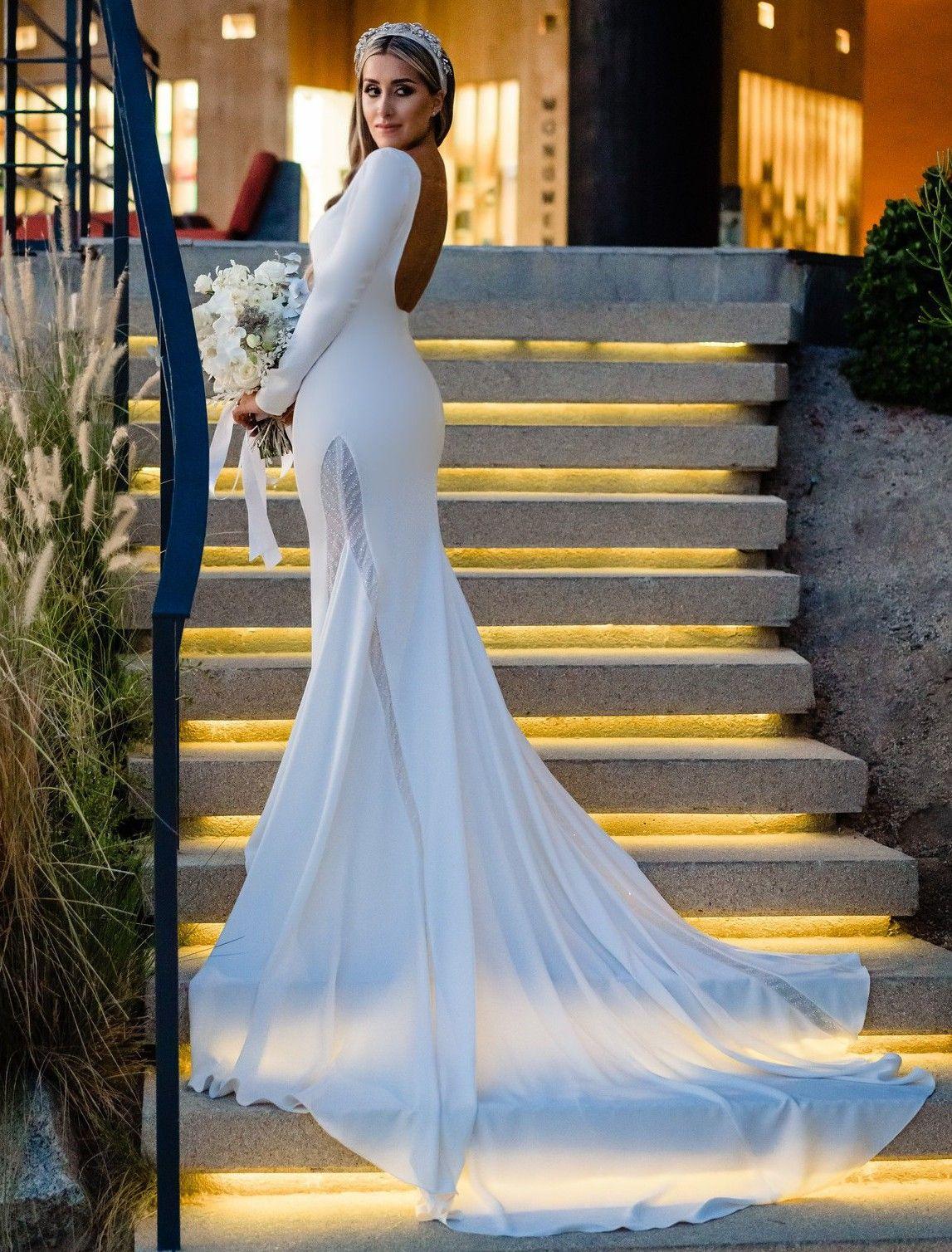 Pronovias New Bianca 2020 Collection New Wedding Dress Save 50 New Wedding Dresses Wedding Dresses Pronovias Wedding Dress [ 1508 x 1147 Pixel ]