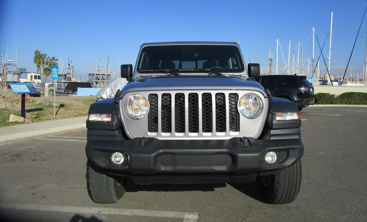 2020 Jeep Gladiator Sport (8) in 2020 (With images) Jeep