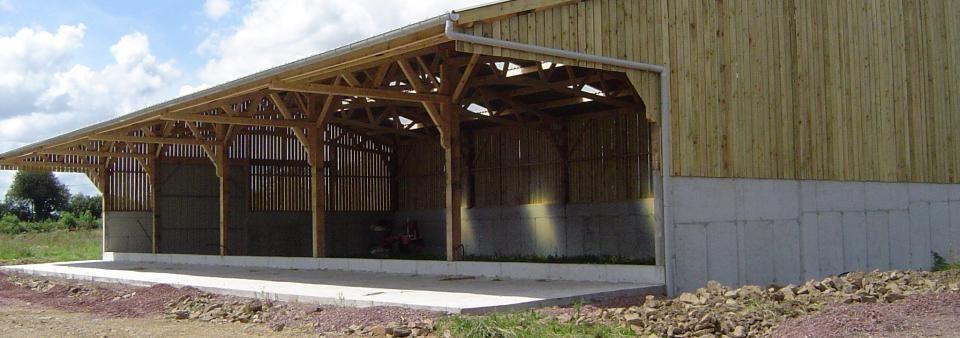 batiment agricole et hangar en bois pas cher le sp cialiste du batiment bois le batiment. Black Bedroom Furniture Sets. Home Design Ideas