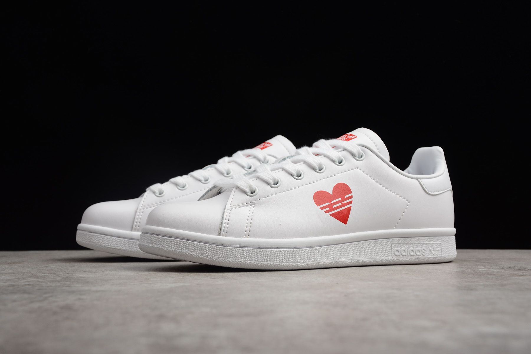 e997bf2d0bc39 New adidas Stan Smith