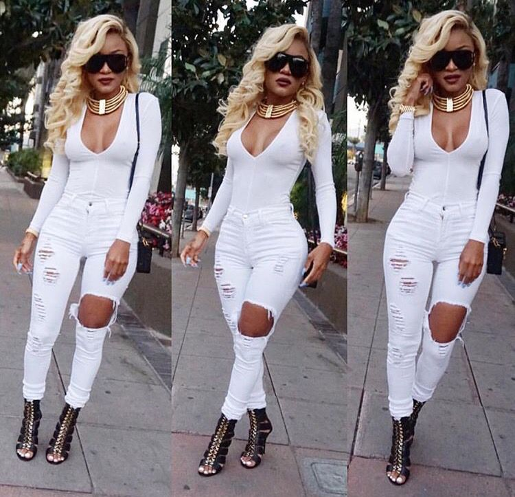 White bodysuit with jeans and gold necklace | Dope Style ...