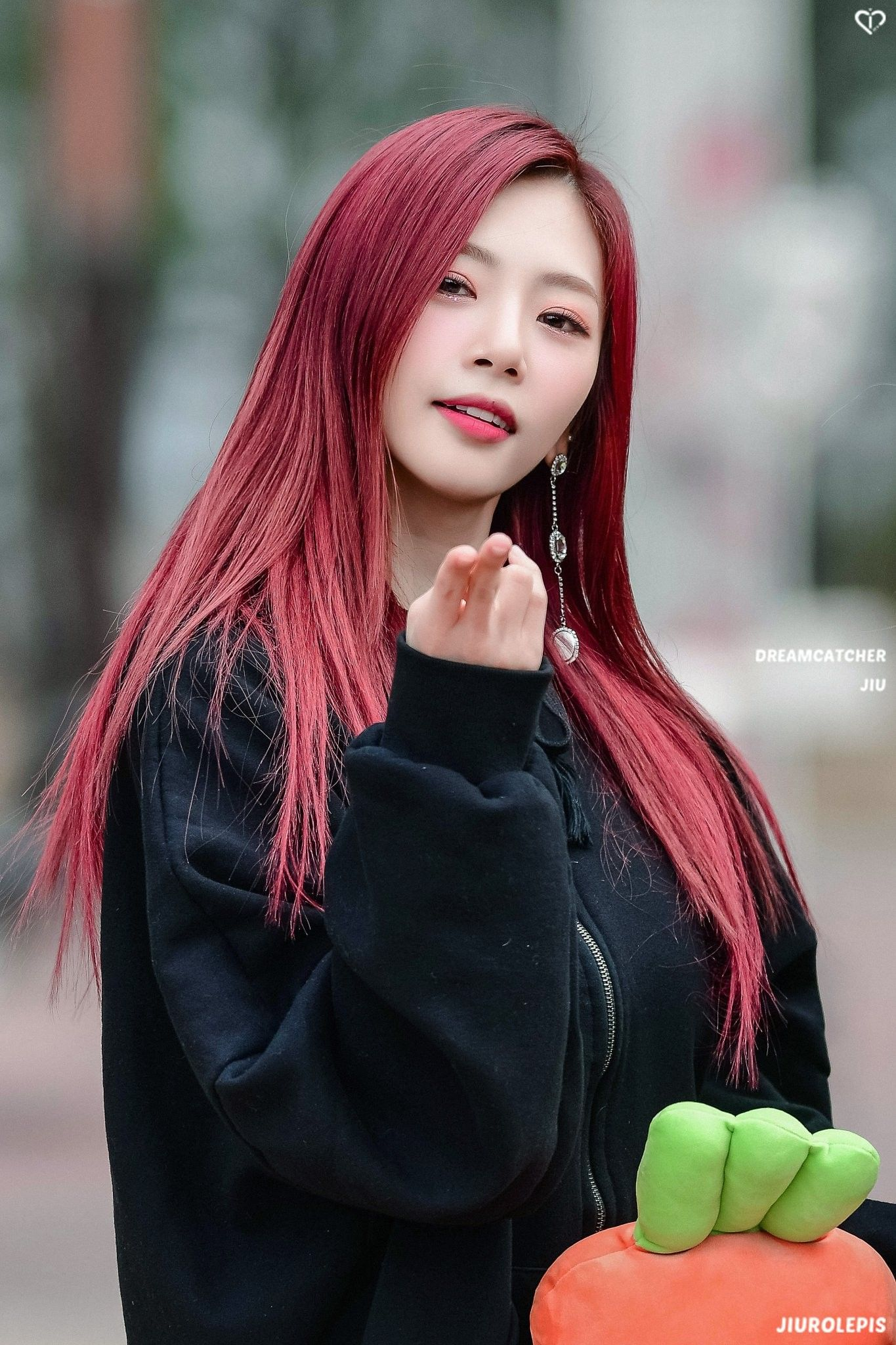 Pin Oleh Pyeongie Di Dreamcatcher Wanita Kim