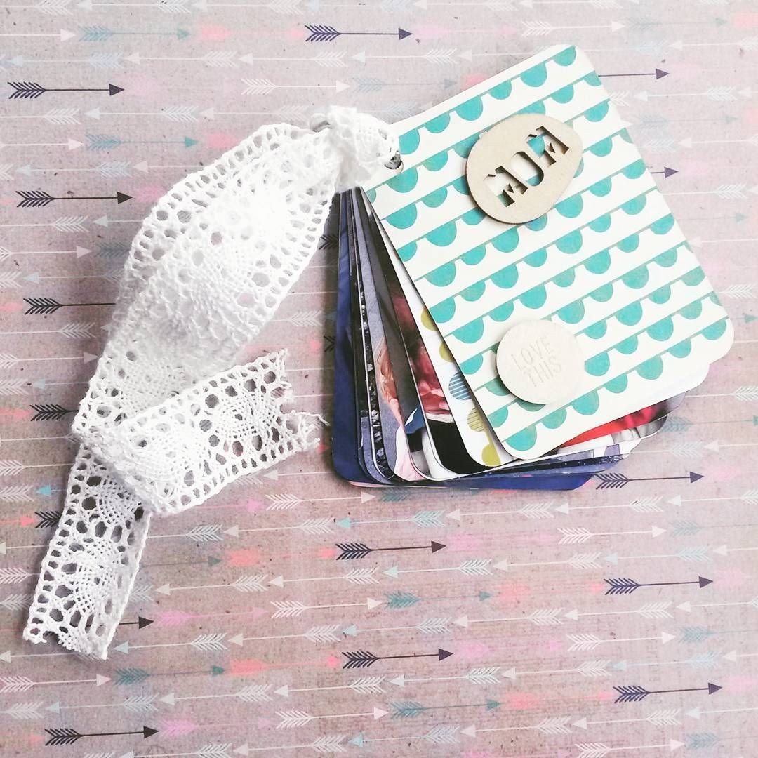 I love creating a mini book. This one is created with the help of regular Project Life cards and can be done in an hour!