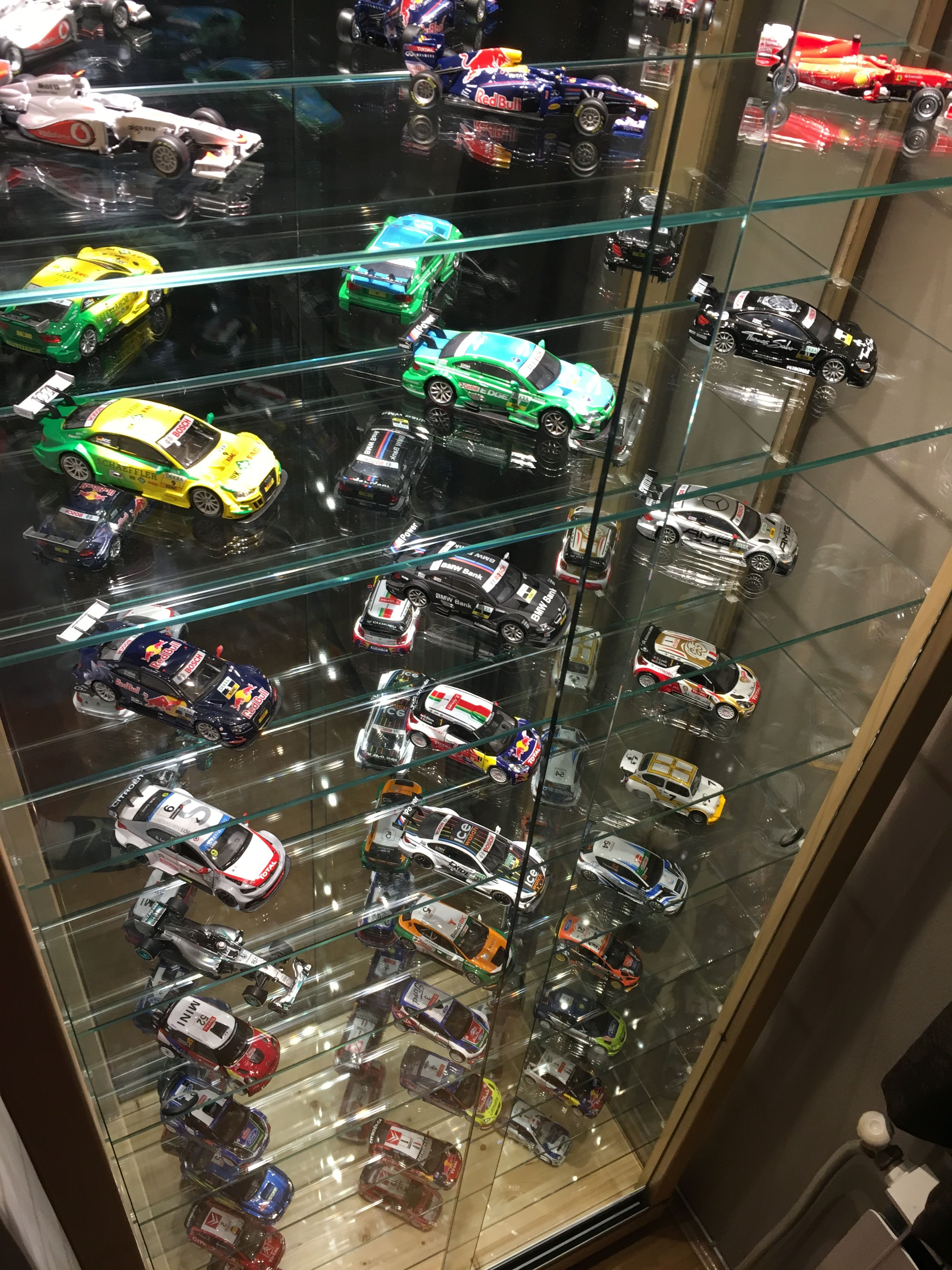 Pin By Keith On Stalaza Za Kolicki Glass Cabinets Display Model Cars Collection Diecast Cars Display