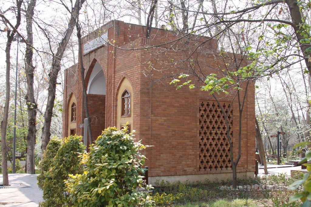 عکس از حمید همراه بوستان باغ ایرانی