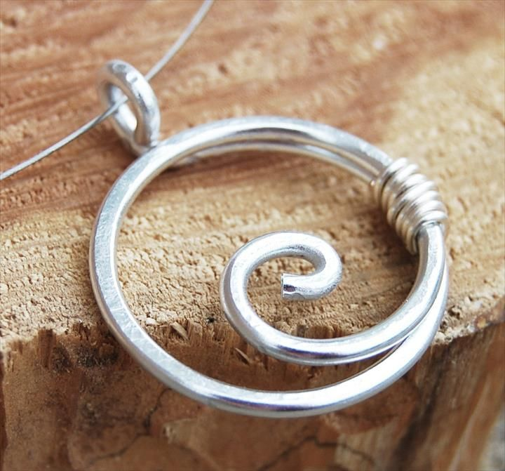 27 Free Wire Wrap Jewelry Tutorials Aluminum wire jewelry Spiral