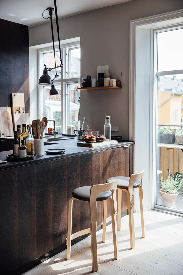 Kbb Winner And Magazine Cover Bayou Beauty New Construction In Detail Interiors Stools For Kitchen Island Kitchen Design Wicker Bar Stools