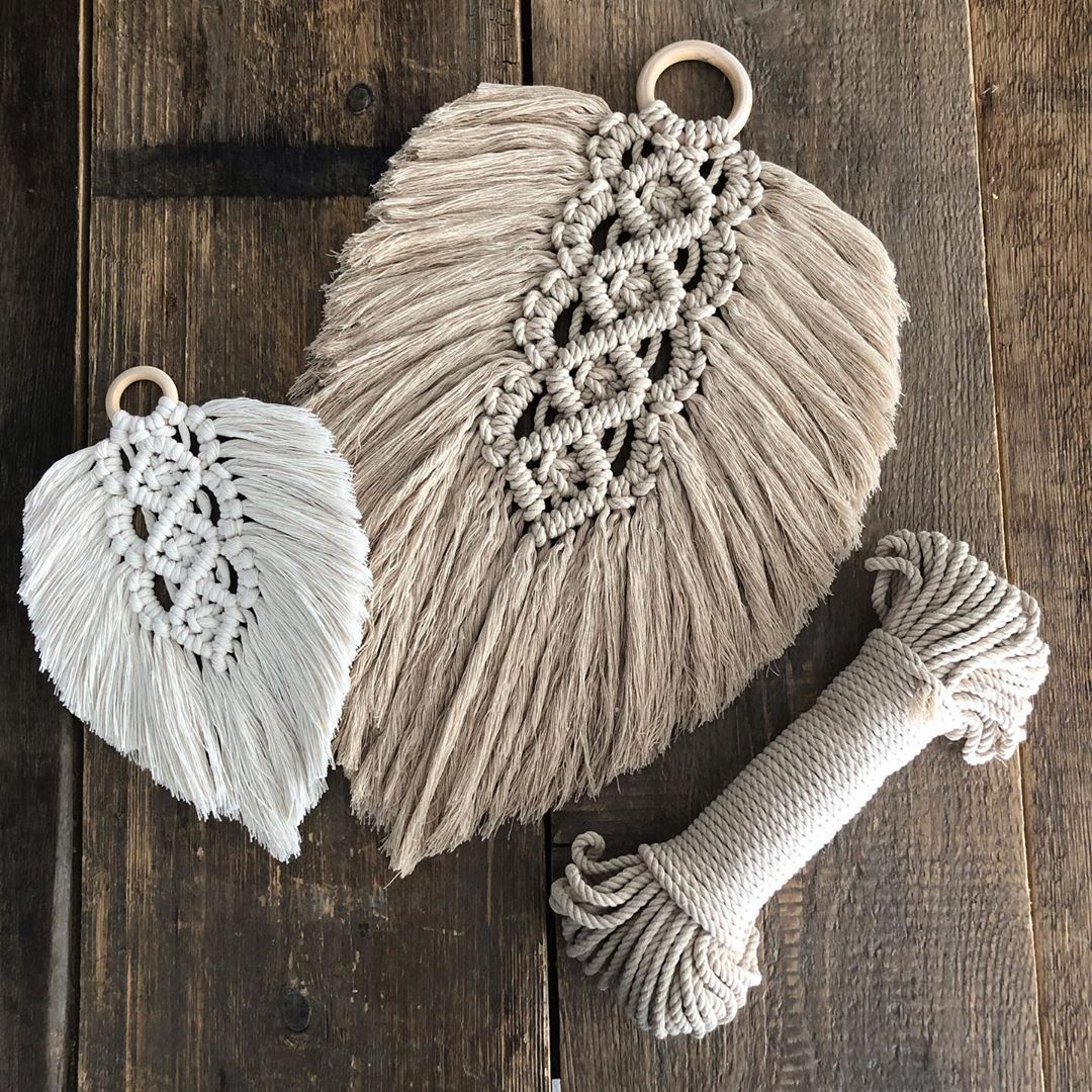 Another macrame feather Jill, but this time in XXL????Het leuke schattige pakket Jill, wat echt MEGA vaak geliked is, heeft een XXL versie!… #craftstosell