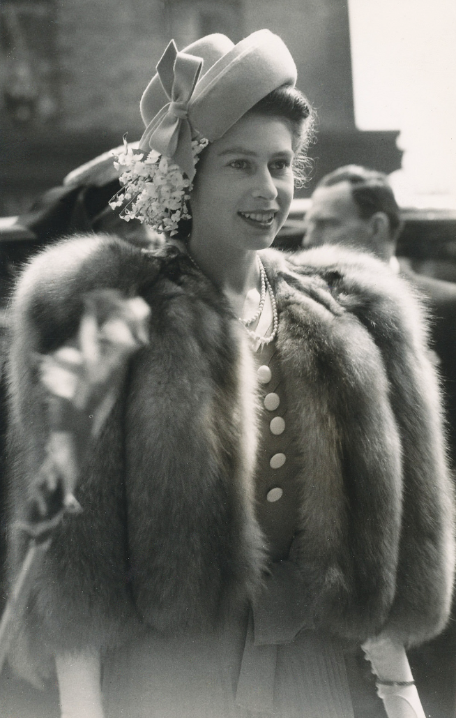 Princess Elizabeth (Queen Elizabeth II) arrives at Queen