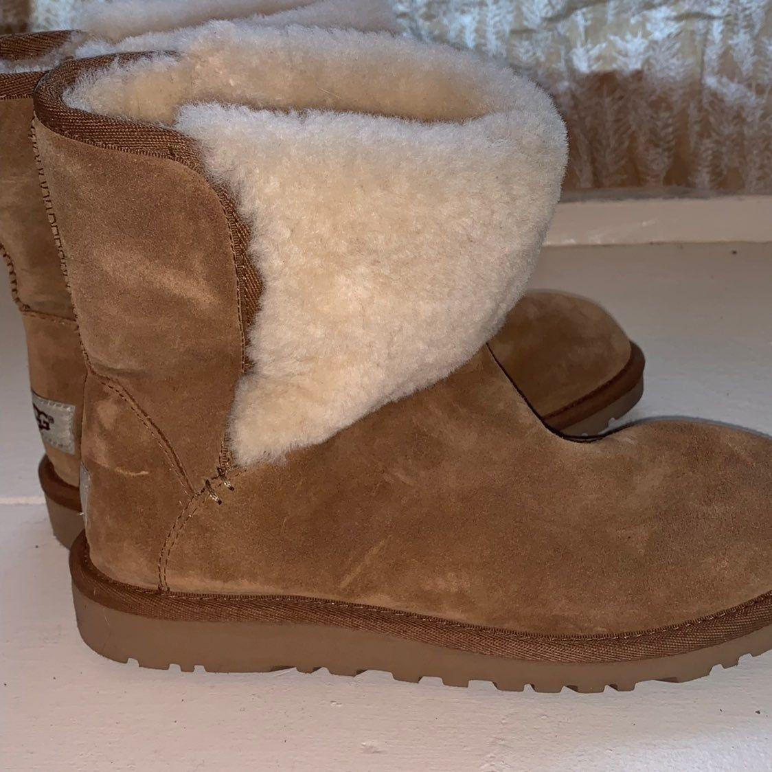 Boots, Ugg boots australia, Uggs
