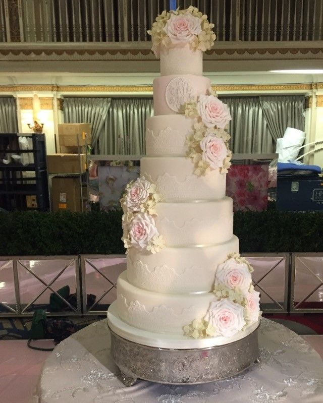 Seven Tier Wedding Cake With Lace And Extra Large Sugar Roses Sugarroses Sugarflowers Hydrangeas W Large Wedding Cakes Wedding Cake Picks Lace Wedding Cake