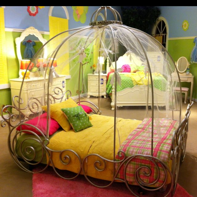 Princess little girl bed!
