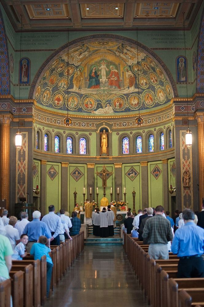 Holy Family Catholic Church, Dayton, OH  Run by the Priestly