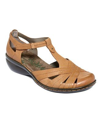 9af939f83f7d2 Easy Spirit Shoes, Prestah Sandals - Macy's | Boots, Sandals ...