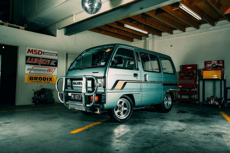 Who S Laughing Now 1986 Suzuki Carry Van The Motorhood Suzuki Carry Mini Van Van