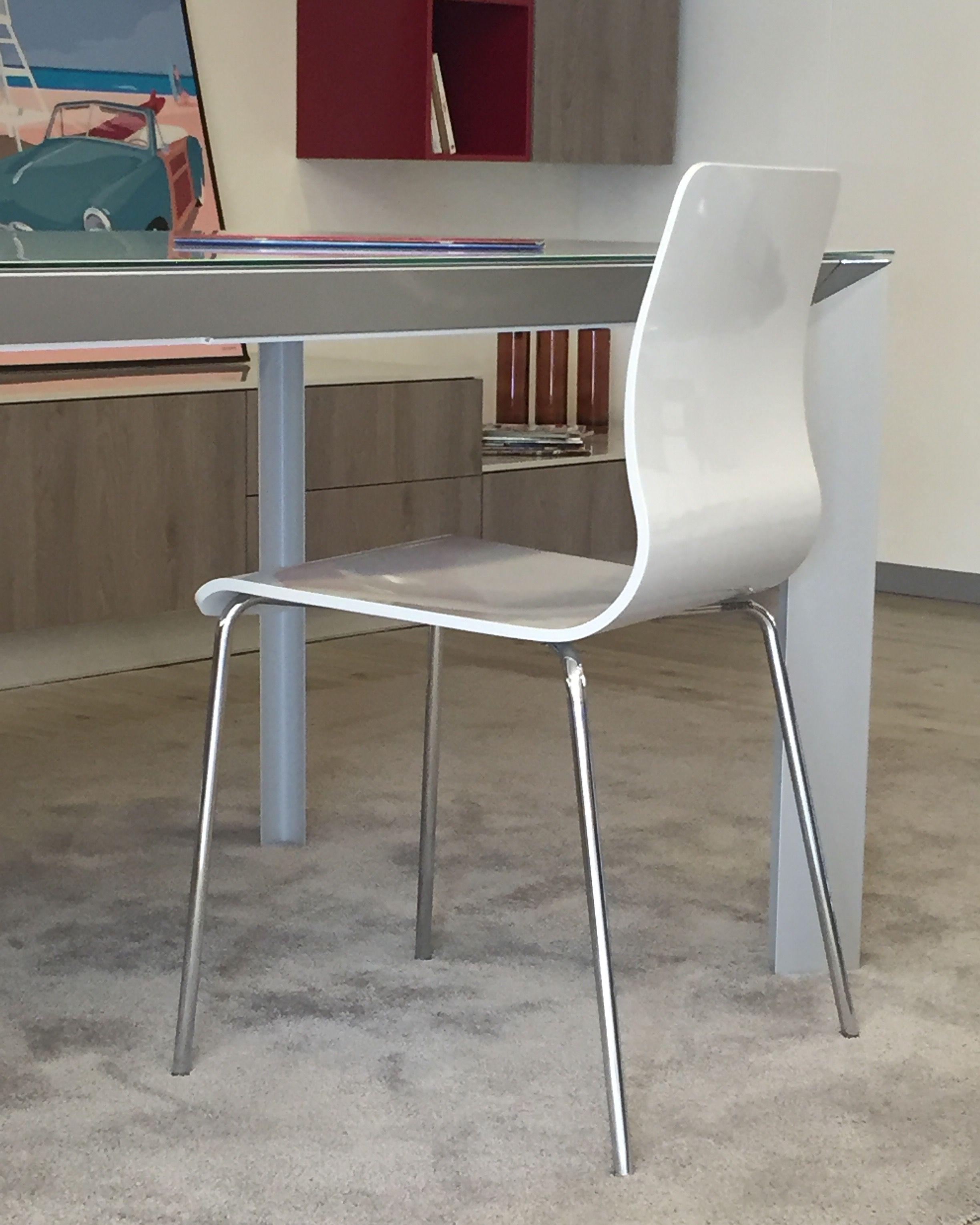 Sedia modello Endless colore Tortora con gambe cromate. #tavolo ...