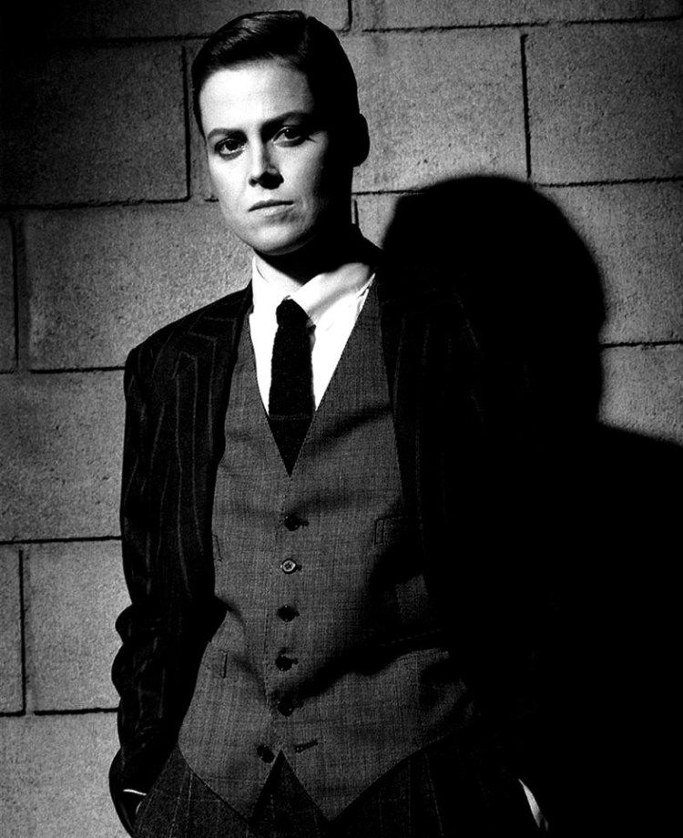 Sirgourney Weaver in a suit