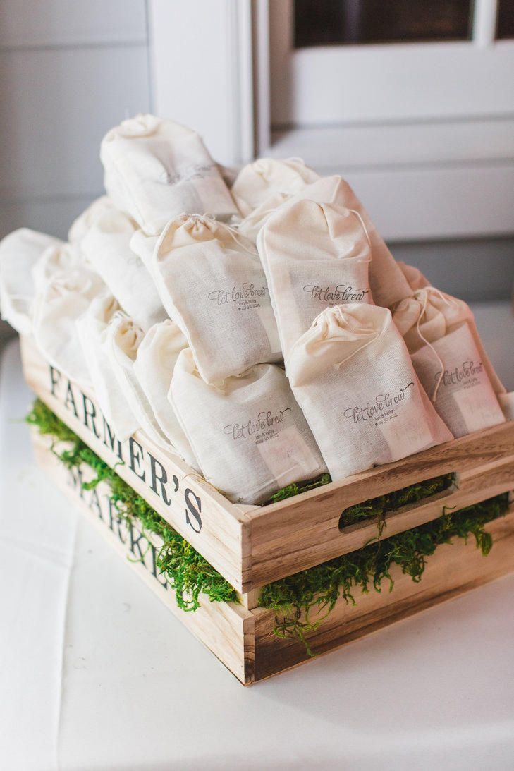 9 wedding details for coffee addicts tea wedding favors