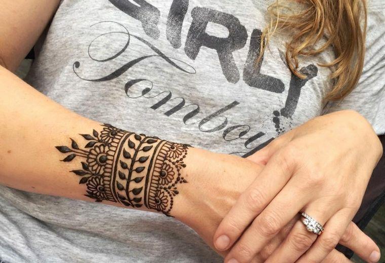 Tatuajes Mehndi Diseños : Henna tatuajes tatoos mujer y