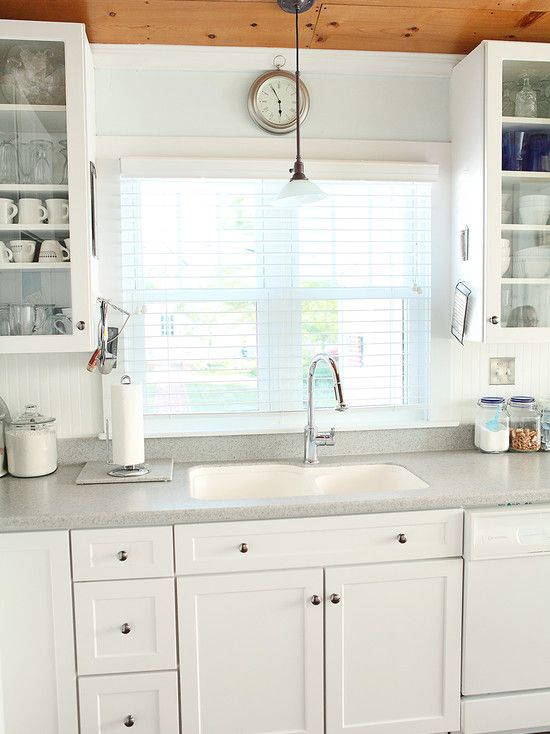Color option 1 for painted countertop - and beadboard backsplash | DIY if I had the time ...