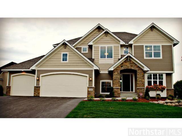 This house is wonderful!  Large yard, huge, spacious floor plans!