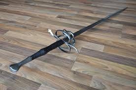 Znalezione obrazy dla zapytania cervenka sword