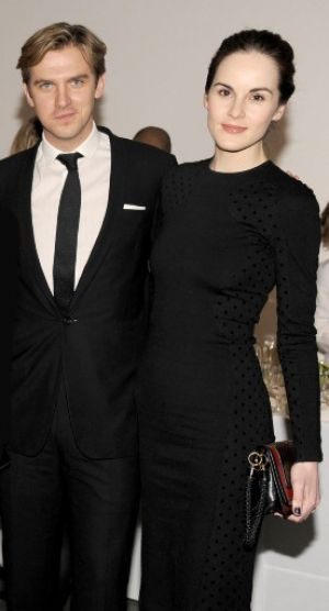 Dan Stevens and Michelle Dockery at the Vanity Fair Downton Abbey Season 2 Premiere.jpg