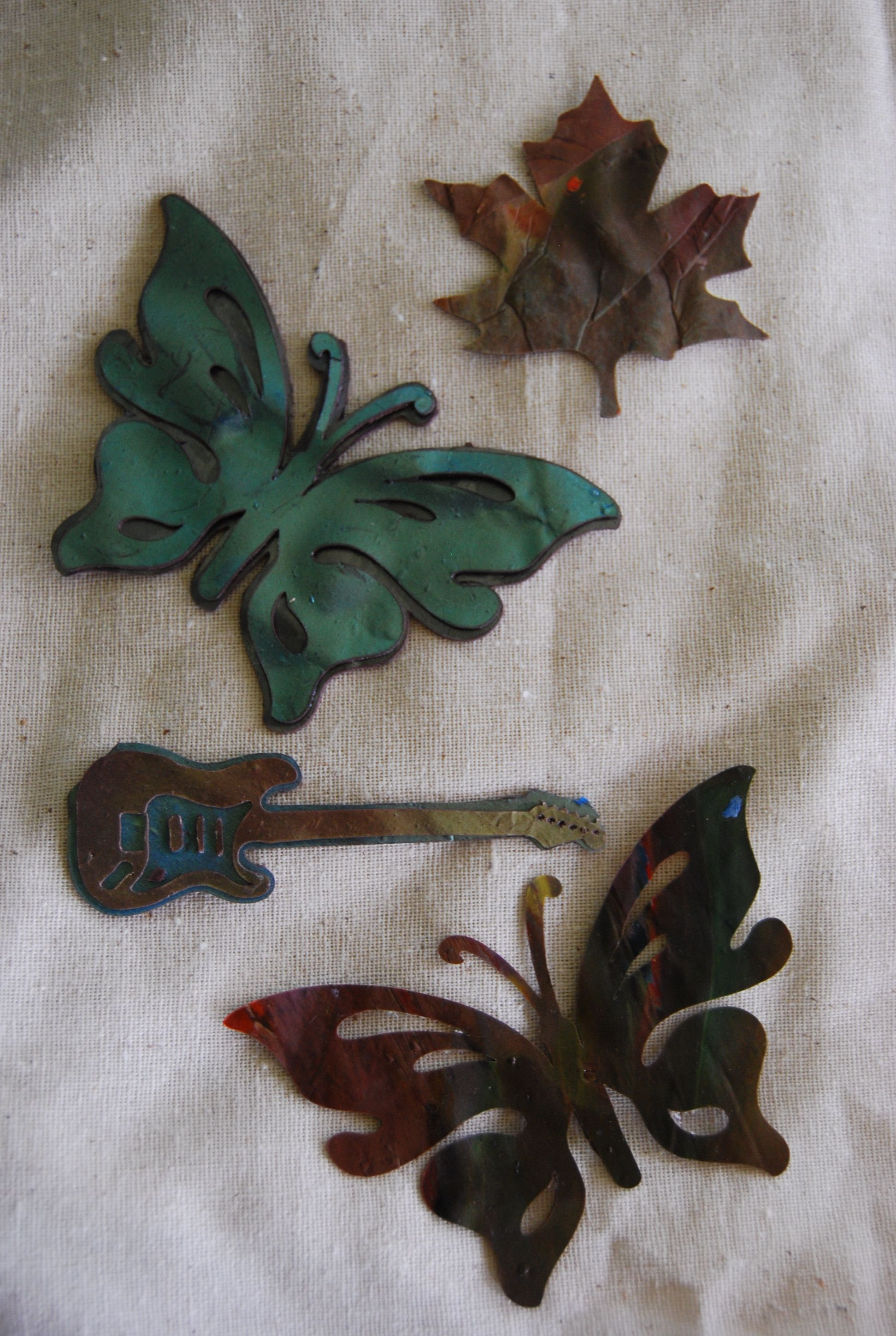cutting polymer clay with the cricut  http://www.crafttestdummies.com/craft-projects-2/how-to-cut-polymer-clay-with-the-cricut/