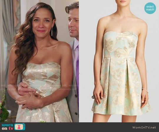 Rosie's mint green strapless dress on Devious Maids.  Outfit Details: http://wornontv.net/49806/ #DeviousMaids