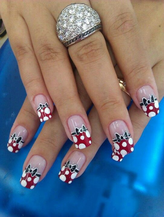 Minnie mouse nails | LINDOS DECORADOS | Pinterest | Puntos, Diseños ...