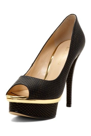 cfe19fc526d Make a statement in Enzo Angiolini Shoe Department