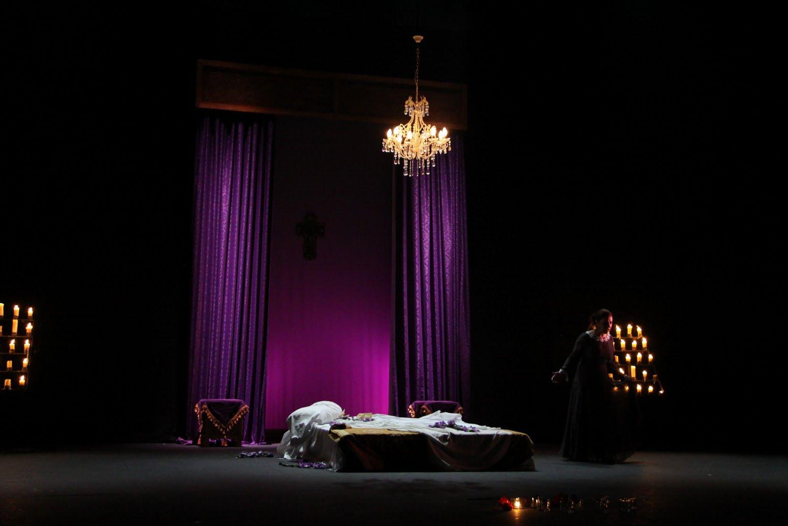 Escenografia cortinas luces escenas pinterest for Cortinas con luces