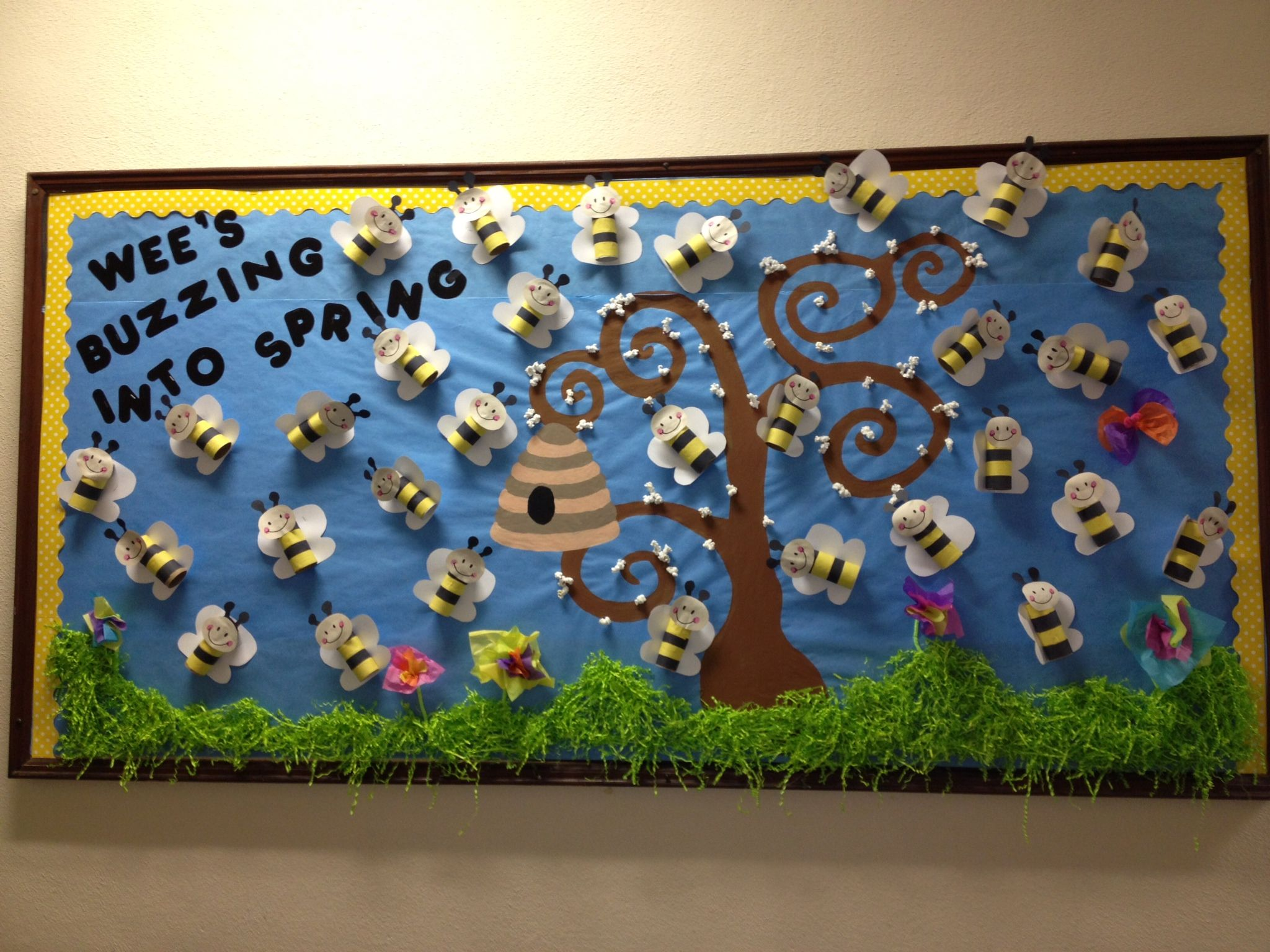 Go green vegetable bulletin board idea myclassroomideas com - Bulletin Board Ideas