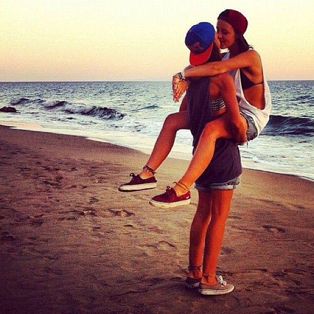 Pin On Sweet Lesbian Love Pics