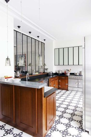 La verri re int rieure se fait d co dans la cuisine cuisines kitchens pinterest for Cuisine verriere interieure