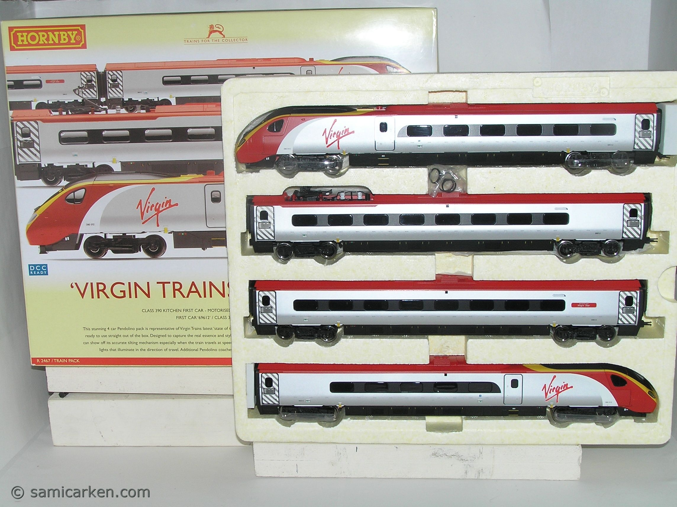 Hornby R2467 Dcc Ready Virgin Pendolino Cl 390 Train Pack