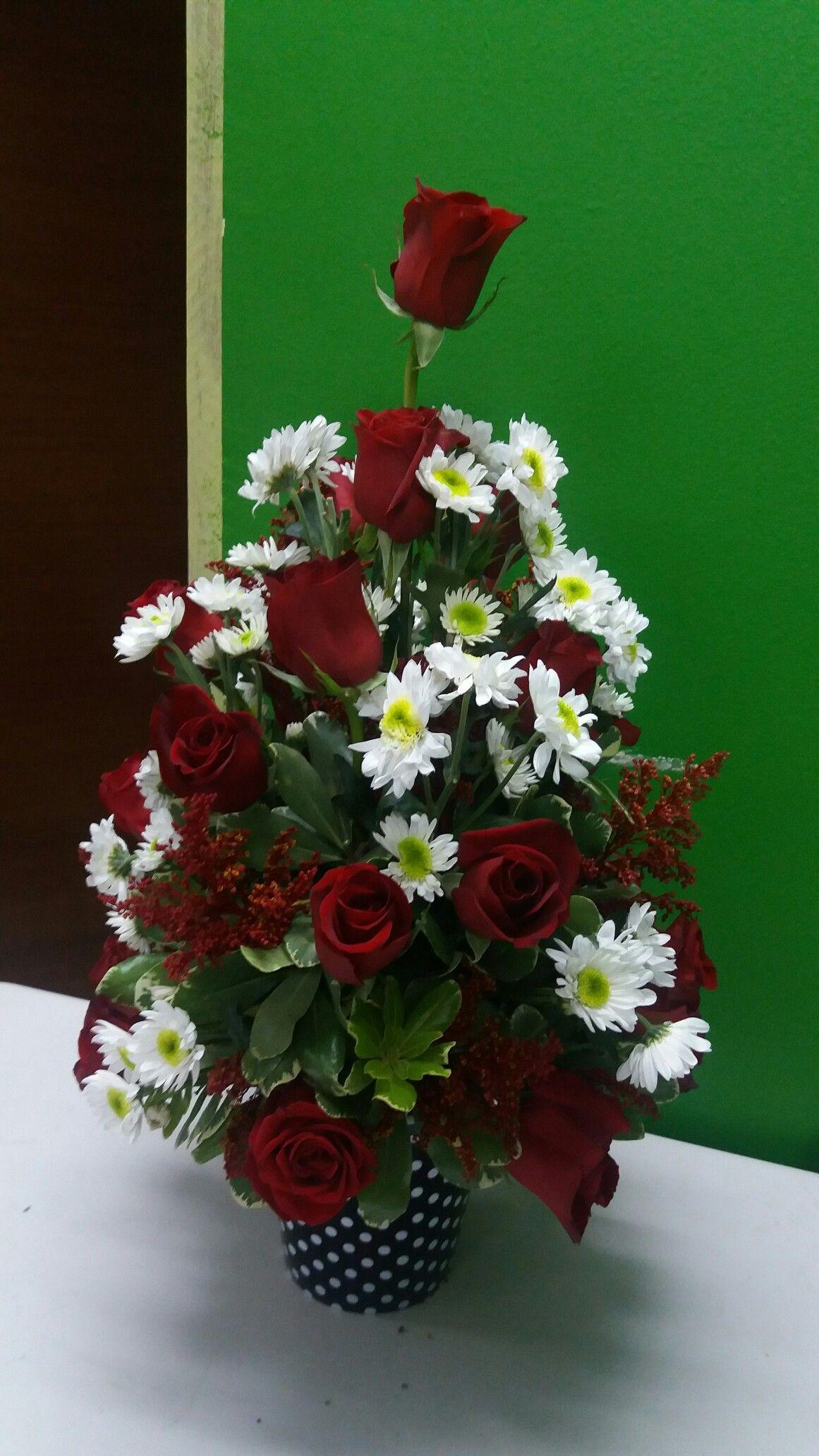 Pin De Juan Carlos Helena En Arreglos Florales Flores De Altar Arreglos Florales Elegantes Arreglos Florales