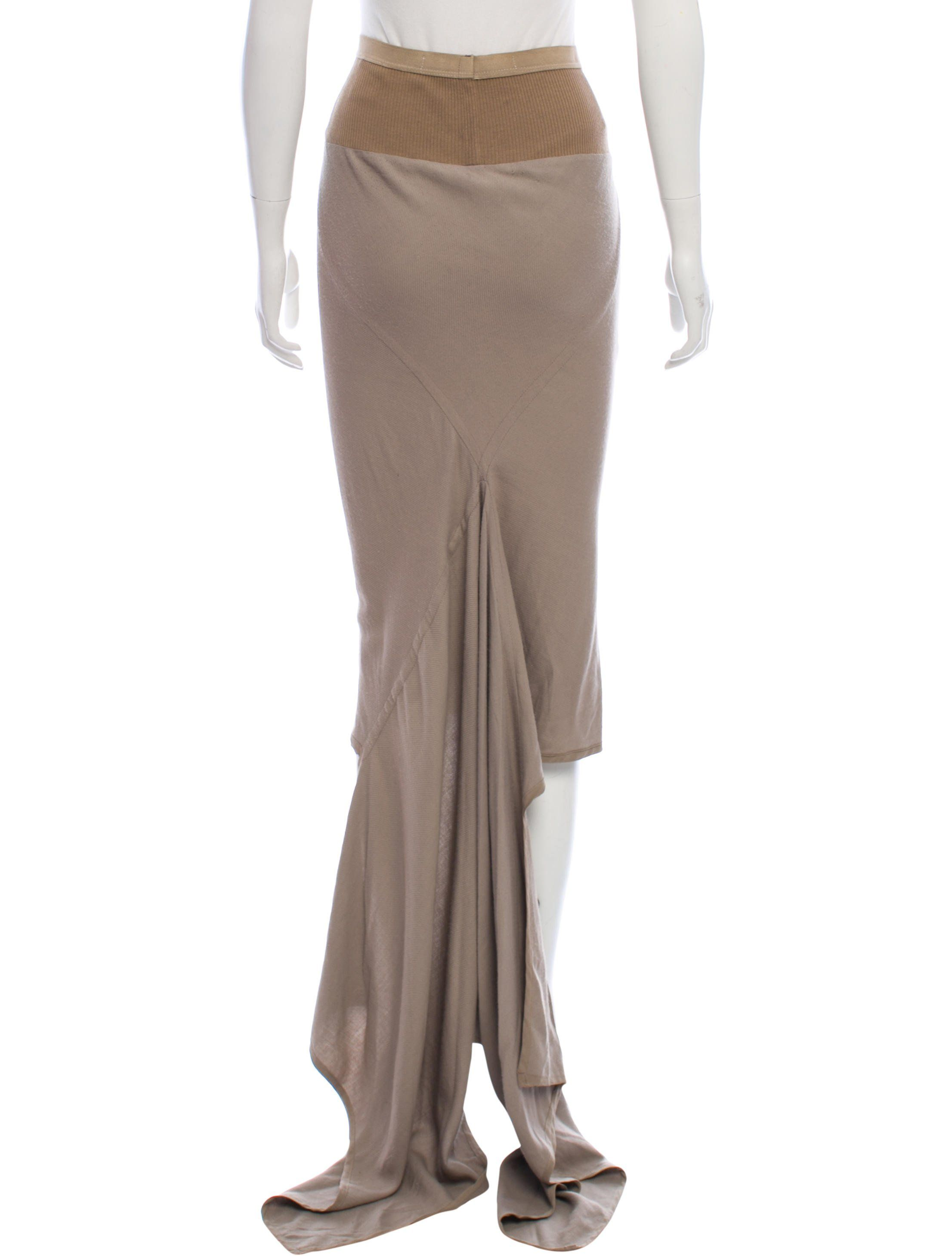 e8486aa0cd Khaki Rick Owens maxi skirt with dual slit pockets at sides and high-low  hem.
