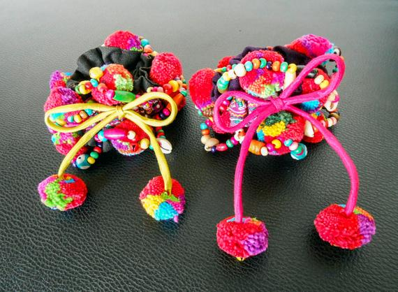 Thailand Hair Accessories Hair Rubber Band This Hair Tie Made From Colorful Pompoms Nice For Lady Who Love To Do Ponytail Hair Hair Rubber Bands Pom Pom Hair Ties Hair Ties