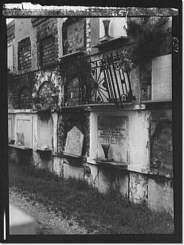 best photographs of old cemeteries | ... , photographer Wall tombs of the old St. Louis Cemetery, New Orleans