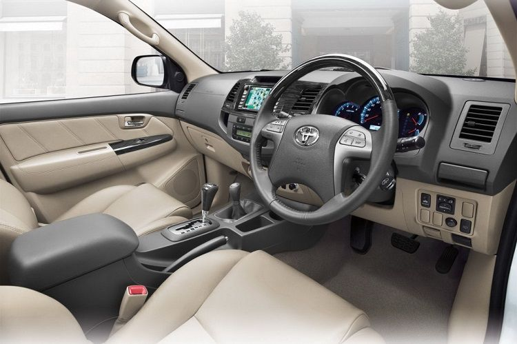 interior all new toyota fortuner 2015 2015ToyotaFortuner