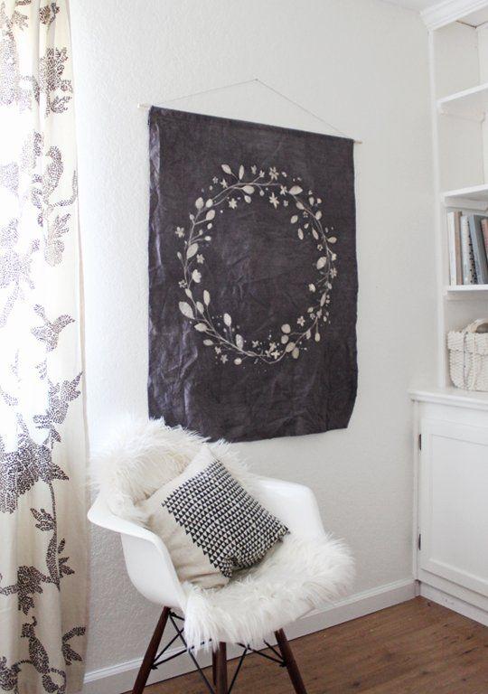 DIY Batik Floral Wall Hanging W R E A T H Pinterest Couronnes