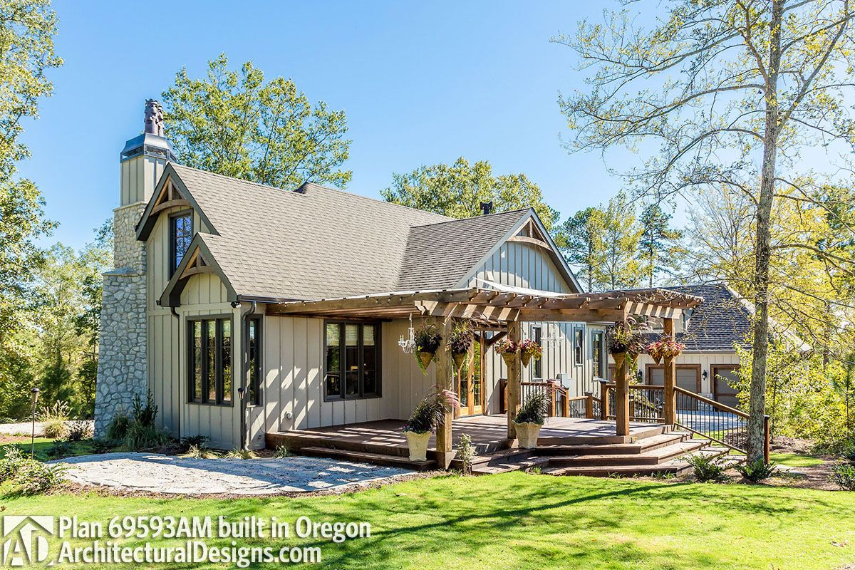 Plan 790041glv Delightful 4 Bed House Plan With 2 Story Foyer Sims House Plans House Blueprints House Plans