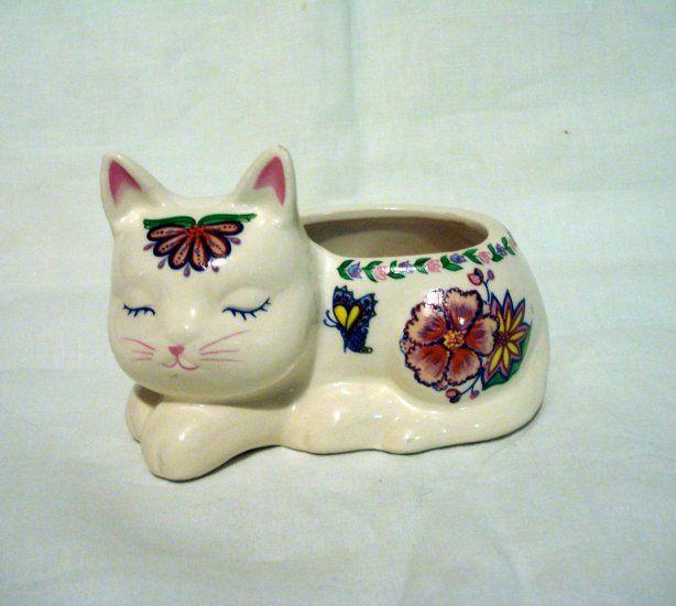 Ceramic sleeping cat tiny planter, candle holder, etc floral decor vintage cm1385