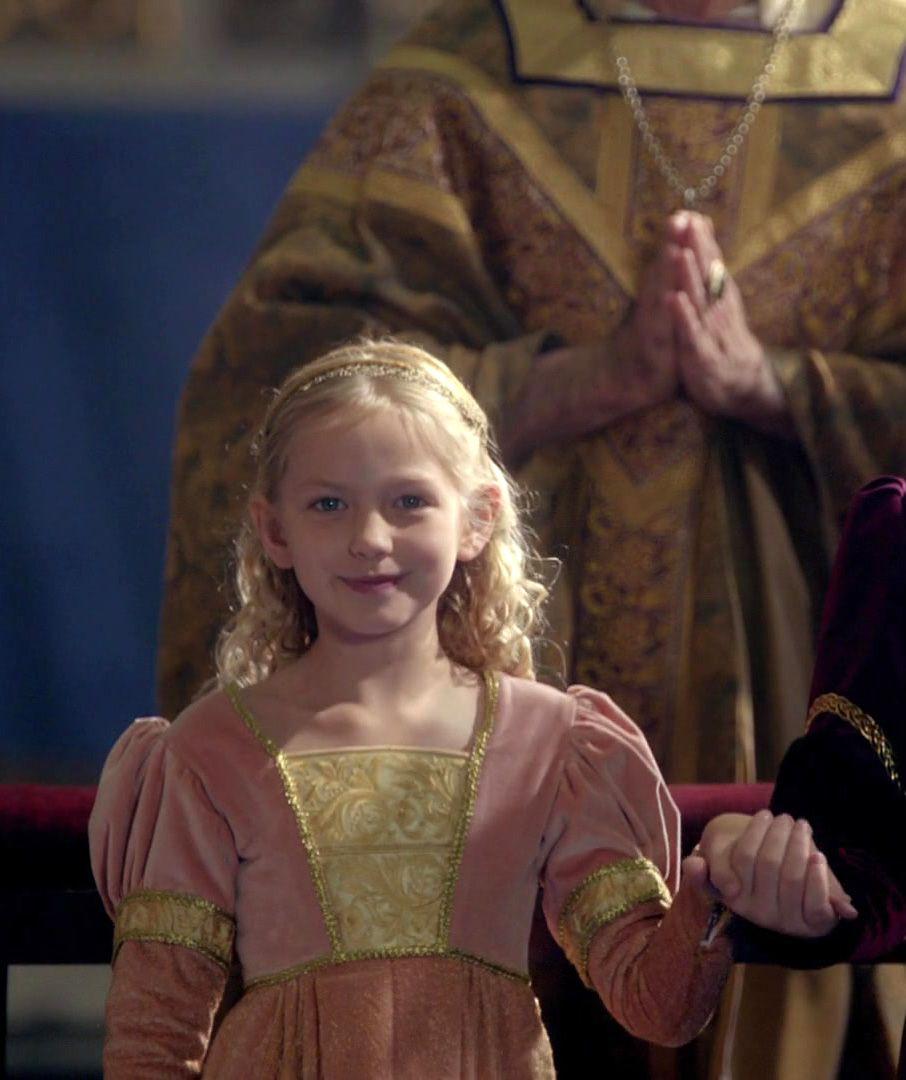 Evelyne Evergreen Siendo Una Nina The White Queen Catherine