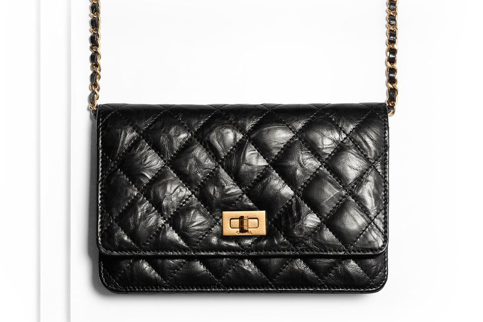 d8e3e7bbd9be10 Chanel Reissue 2.55 WOC | Chanel | Chanel reissue, Chanel woc, Chanel