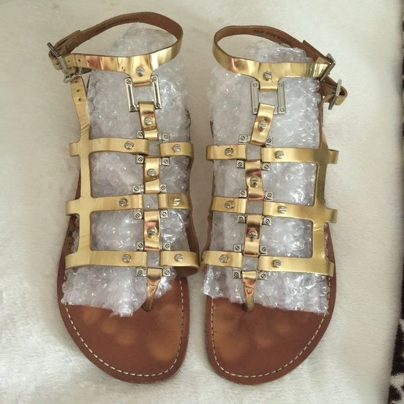 3888c18d8f72 💰SOLD💰Tory Burch Gladiator Sandals